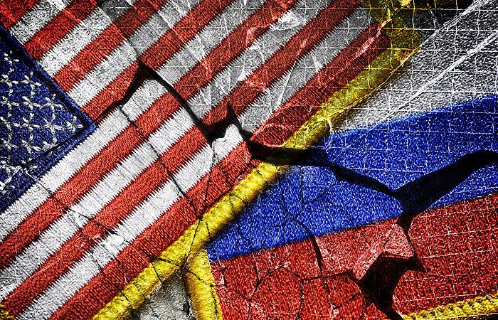 Дипломату США вручена нота протеста в связи с намерением обыскать торгпредство РФ