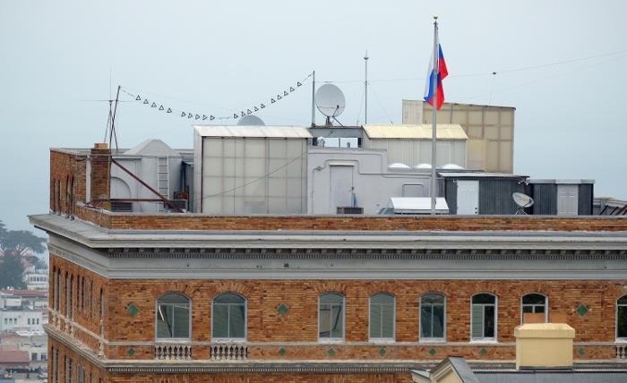 Дипломатов из генконсульства РФ в Сан-Франциско переведут работать в Вашингтон
