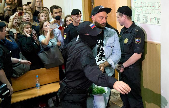 Юрист  Серебренникова назвал провокацией «письмо» о кинофильме  для Порошенко