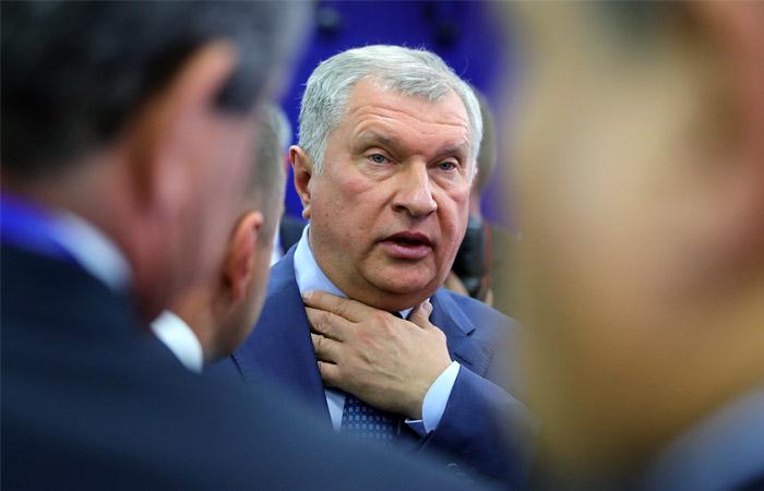 """Сечин рассказал о смиренном принятии решения о взыскании с """"Системы"""" 136 млрд рублей"""