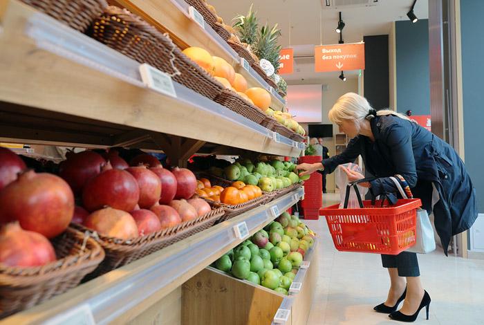Дефляция в России в августе составила рекордные 0,5%