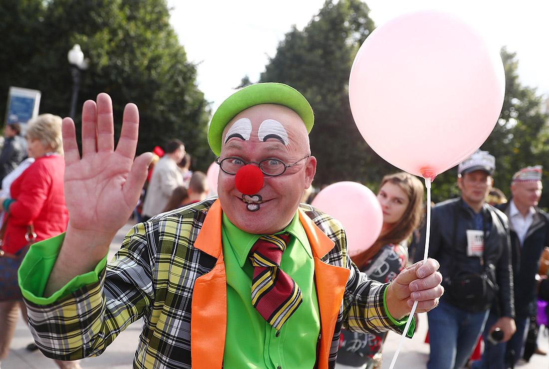"""Фестиваль благотворительных фондов """"Добрая Москва"""" на Цветном бульваре"""