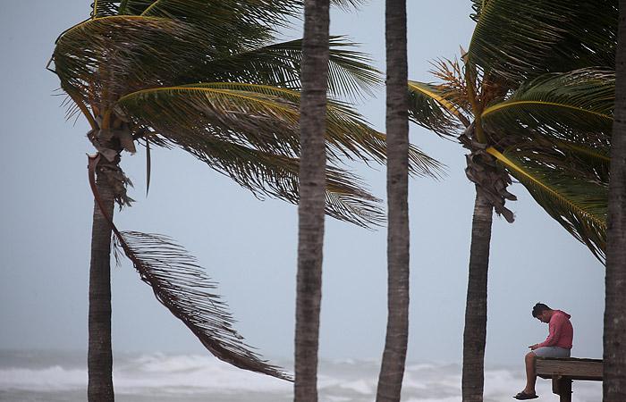 """Ураган """"Ирма"""" усилился при приближении к Флориде"""