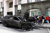 Возбуждено уголовное дело по факту поджога автомобилей у офиса адвоката Учителя
