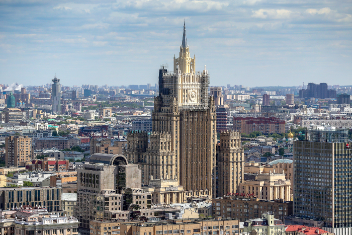 МИД перенесет сайты посольств и генконсульств РФ с зарубежных серверов