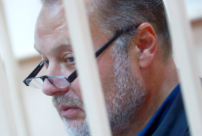 Замглавы ФСИН заключен под стражу