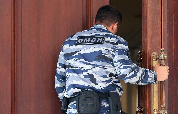 Источник назвал причину обысков у Тельмана Исмаилова