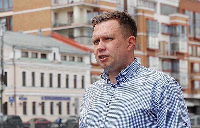 Возбуждено дело в связи с нападением на соратника Навального в Москве