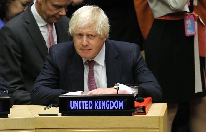 Лавров обсудил сглавой МИД Великобритании активизацию контактов между странами