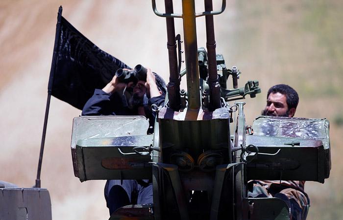 Трое российских военных получили ранения в бою с боевиками в Сирии