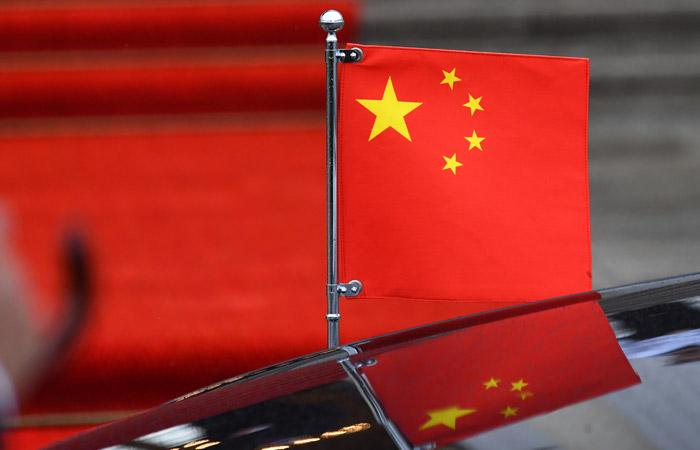 S&P понизило рейтинги Китая впервые с 1999 года