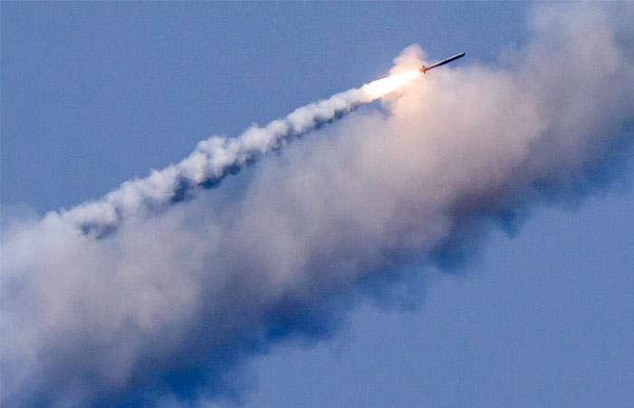 Минобороны показало навидео, как «Калибры» уничтожили базы террористов