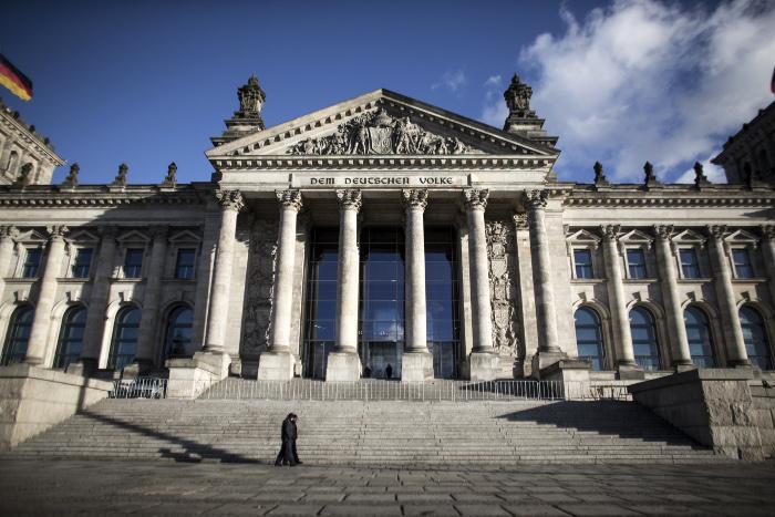 В Германии начались выборы в Бундестаг. Обобщение