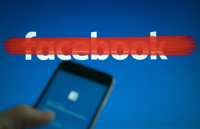 Роскомназдор пригрозил Facebook блокировкой за хранение данных россиян за рубежом