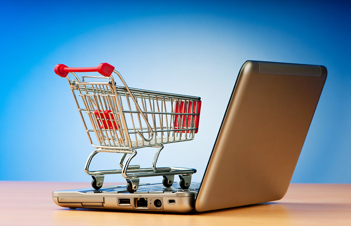 Российский «Ашан» готовится запустить продажи продуктов через интернет