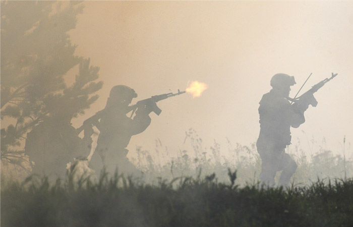 Военнослужащий убил трех сослуживцев на полигоне в Приамурье и скрылся с оружием