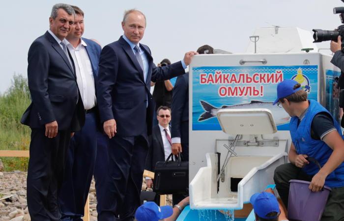 Вступил в силу запрет на ловлю омуля в Байкале