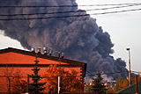 Очаги пожара на рынке у МКАД разбросаны на площади 55 тыс. кв. метров