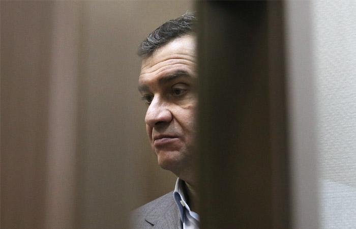 Экс-замглавы Минкультуры приговорили к реальному сроку и освободили в зале суда