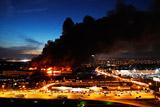 Названы основные версии пожара на строительном рынке у МКАД