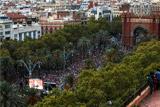 Глава Каталонии вместо объявления независимости призвал к переговорам с Мадридом