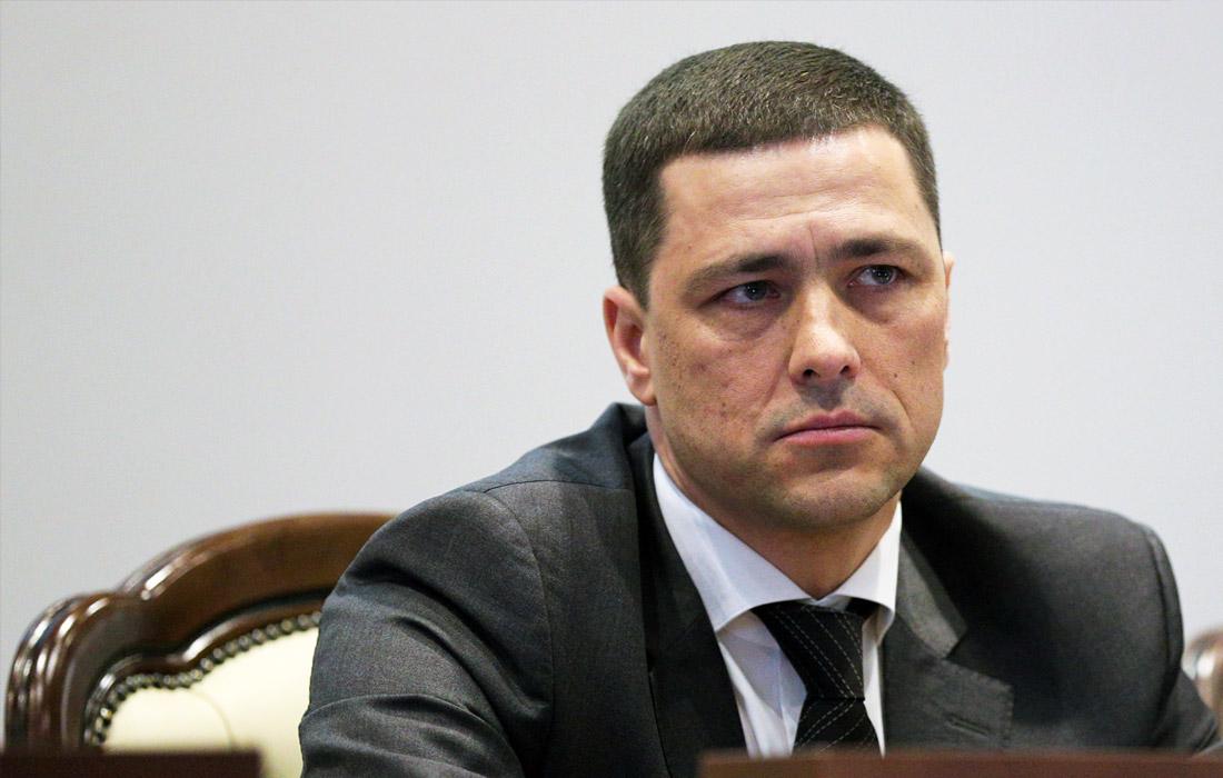 Исполняющий обязанности губернатора Псковской области Михаил Ведерников, 42 года