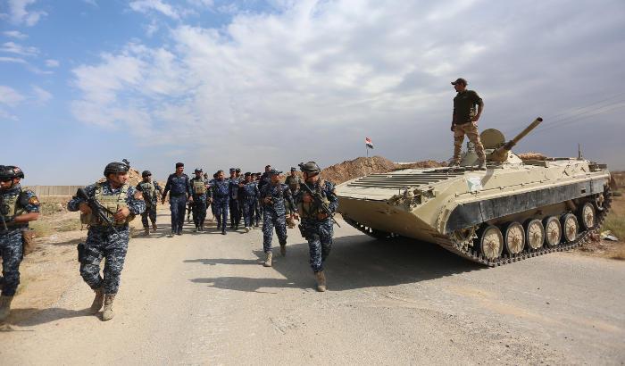 Иракские войска вошли на подконтрольные курдам территории