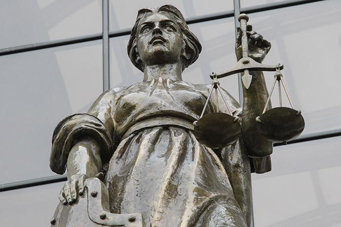 Верховный суд счел вовлечение детей в секты поводом к лишению родительских прав