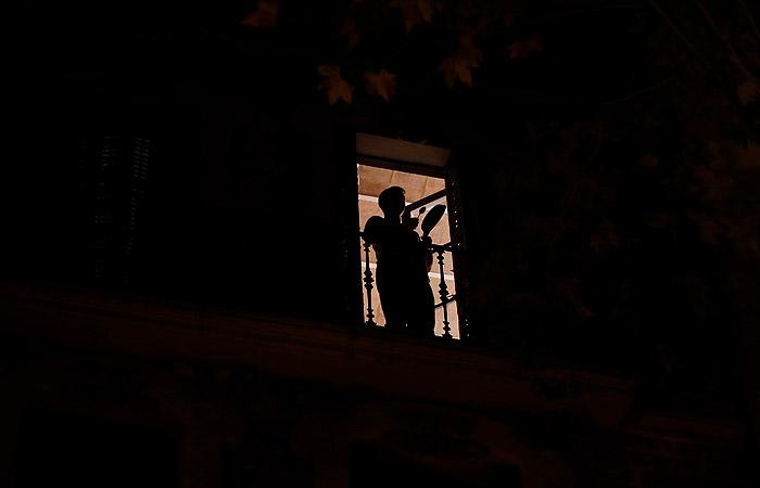 """Меры Мадрида против Каталонии встретили в Барселоне """"кастрюльным протестом"""""""
