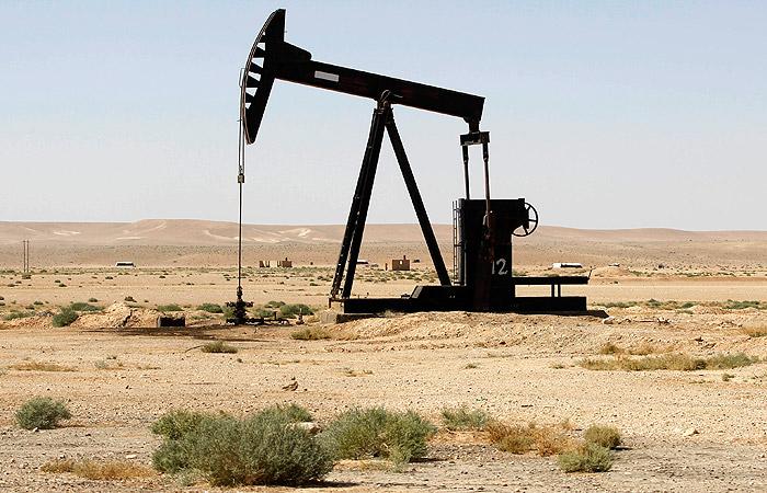 Курды установили контроль над крупнейшим нефтяным месторождением Сирии