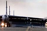 USA впервые за 26 лет приведут в боевую готовность бомбардировщики B-52