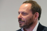 "Аркадий Волож продаст до 0,7% акций ""Яндекса"""