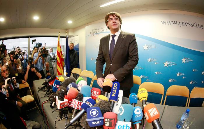 Бывший глава Каталонии будет работать с бельгийским судом