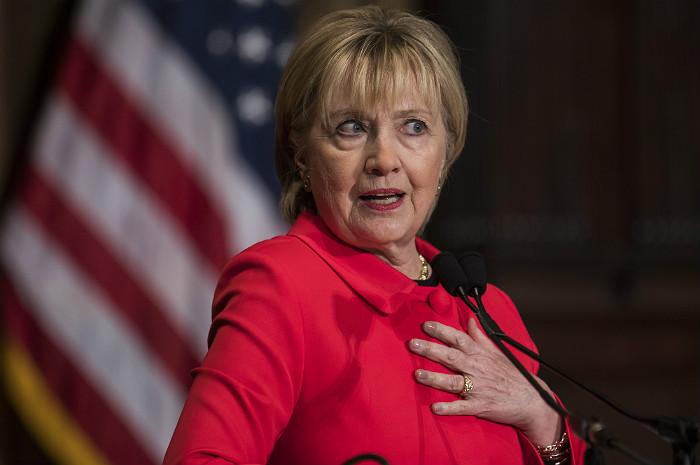 Демократы США рассказали о планах заменить кандидатуру Клинтон на Байдена на выборах