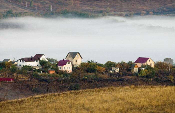 КС РФ разрешил обжаловать решения о национализации недвижимости в Крыму