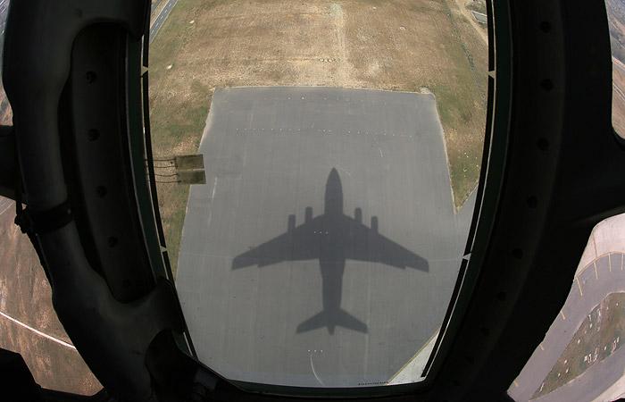 Обнародовано видео первого полета самолета А-100