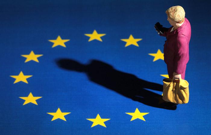 Курс евро снизился на фоне провала коалиционных переговоров в Германии