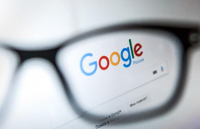 """Роскомнадзор потребовал от Google разъяснить """"ранжирование"""" Russia Today и Sputnik"""