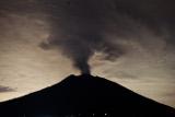 Извержение вулкана на острове Бали привело к отмене ряда авиарейсов