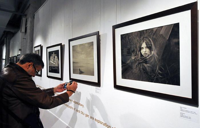В Москве вновь откроют скандальную фотовыставку Стерджеса с детскими фото