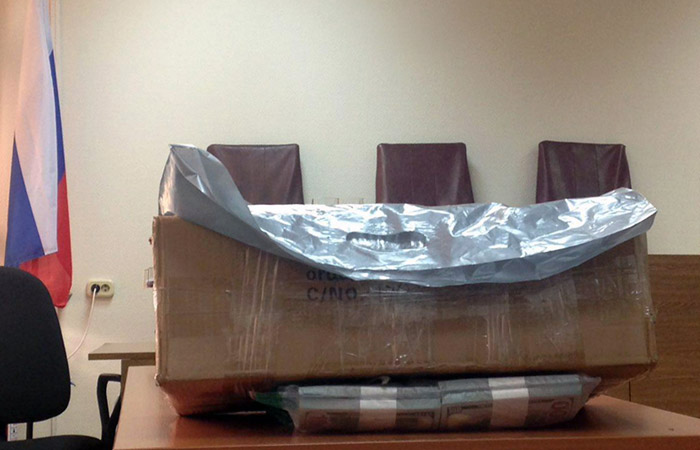 Суд по делу Улюкаева выяснил точный вес сумки Сечина с $2 млн