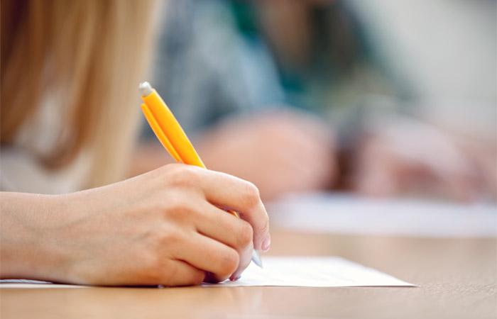 Рособрнадзор уличил вузы в завышении оценок на экзаменах