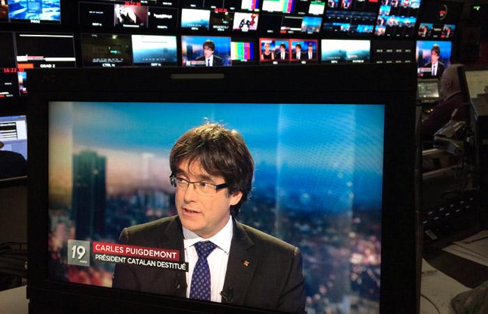Испания отозвала ордер на арест экс-главы Каталонии
