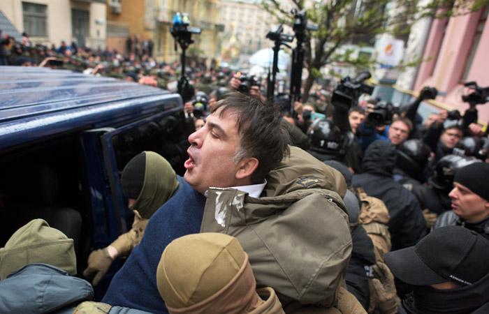 Генпрокурор Украины обвинил Саакашвили в получении полумиллиона долларов из России