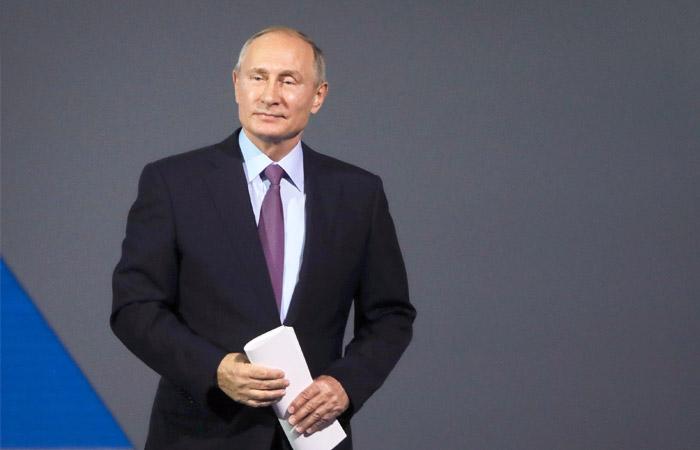 Путин пообещал объявить о своем решении по участию в выборах в ближайшее время