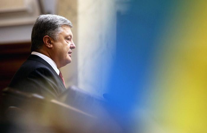 Суд в Киеве допросит Порошенко по делу о госизмене Януковича