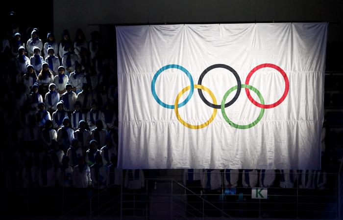 Русские спортсмены решают, стоитли ехатьли наОлимпиаду под нейтральным флагом