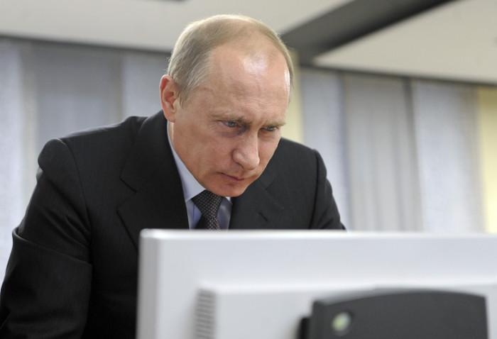 Песков рассказал о дайджестах Telegram-каналов для Путина