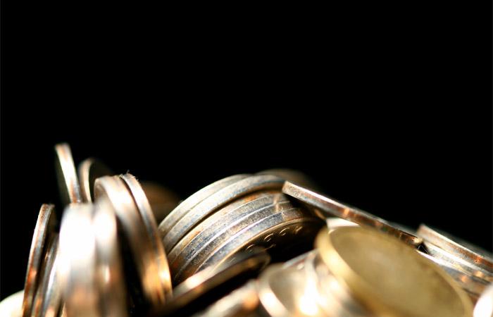 Госдума приняла закон о поэтапном повышении МРОТ до прожиточного минимума