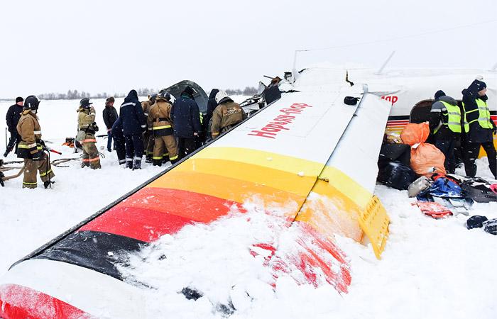 Вероятной причиной падения самолета в Нарьян-Маре назвали отказ двигателя